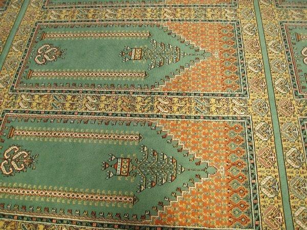 モスクの絨毯