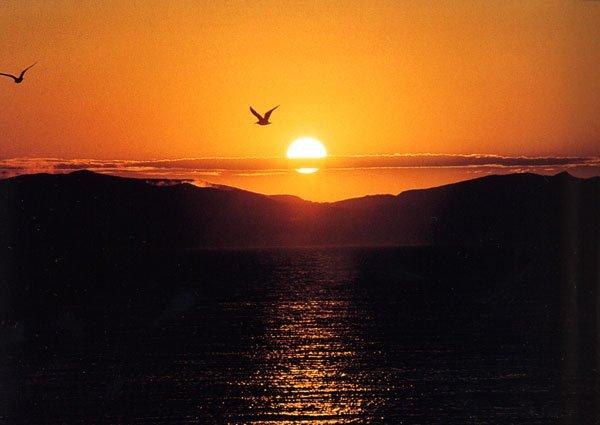 日本の島再発見_利尻島の夕日