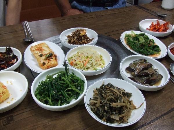 地球の島めぐり_韓国_鬱陵島_薬草と山菜は全部サービス