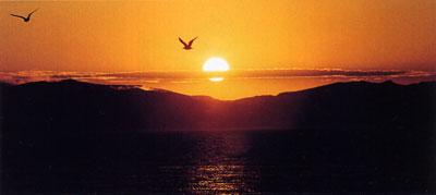 """日本の島再発見_北海道_利尻島_利尻島の夕日の美しさは""""もうひとつのご馳走"""""""