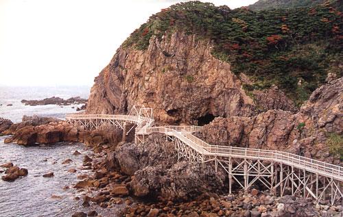 日本の島再発見_東京都_伊豆諸島_神津島_赤崎遊歩道「潮風の道」