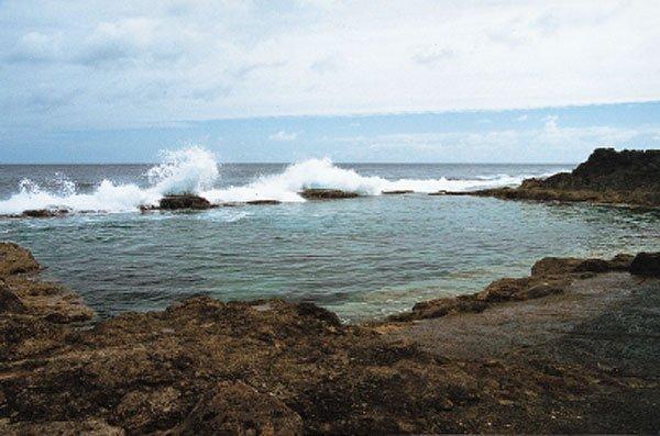 日本の島再発見_南大東島の人工プール