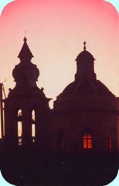 ヨットハーバーからの教会