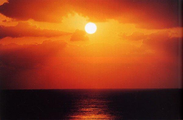 日本の島再発見_鹿児島県_奄美群島_沖永良部島_沖永良部島の夕陽