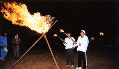 日本の島再発見_大分県_豊後諸島_大入島_かがり火に点火
