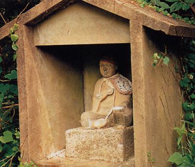 日本の島再発見_愛知県_篠島_弘法大師の石像