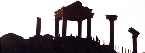 日本の島再発見_東京都_伊豆諸島_新島_ギリシャのパルテノン神殿をイメージした「湯の浜露天風呂」